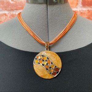 Jewelry - 💎Orange glass & silver tone necklace